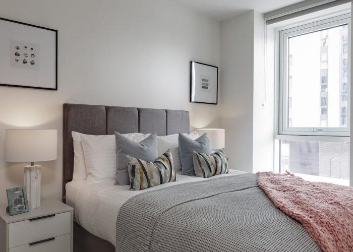 1-bedroom-apartment-bedroom